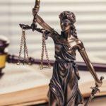 ejemplos de derecho natural